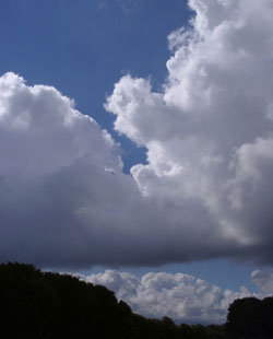 Cumulus clouds over Llansadwrn at 0947 GMT on 5 Sugust 2001: Photo ©  D. Perkins.
